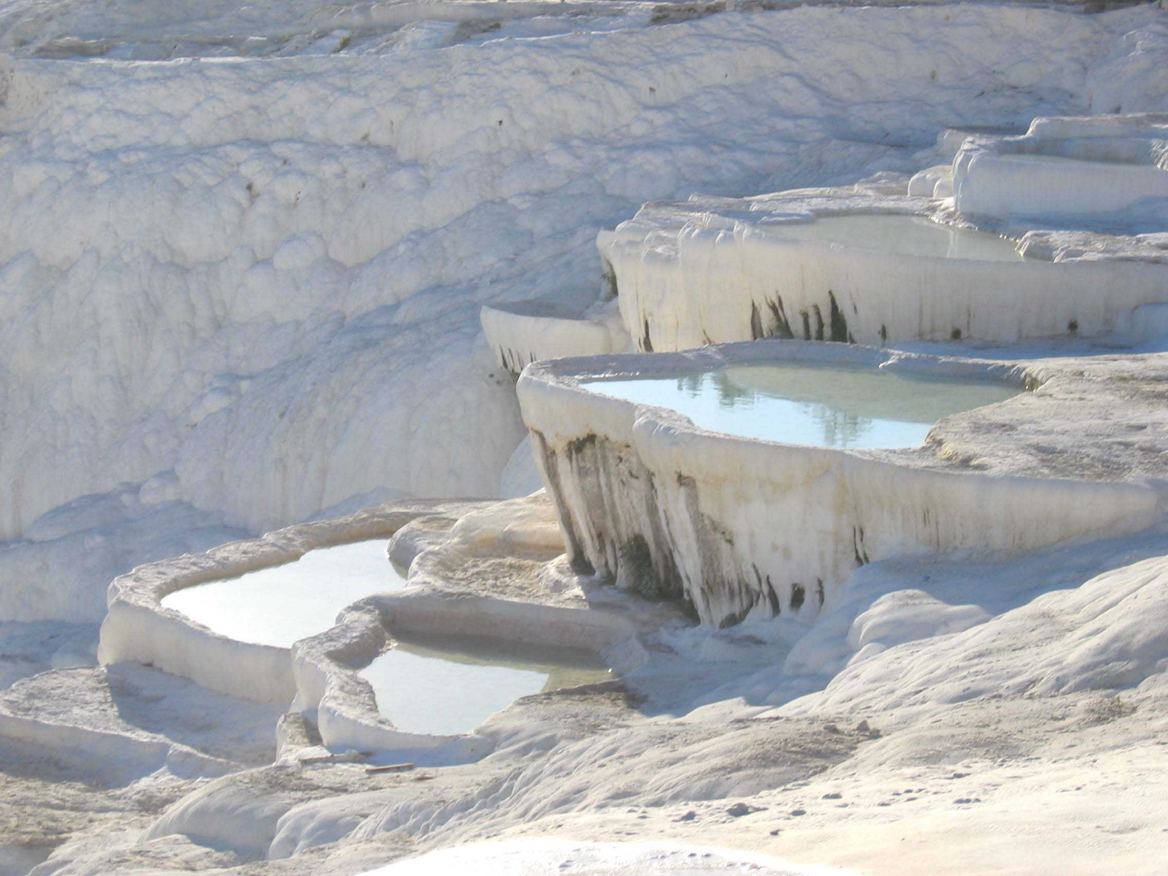 Pamukkale travertenleri yerbilgisi for Terrace white